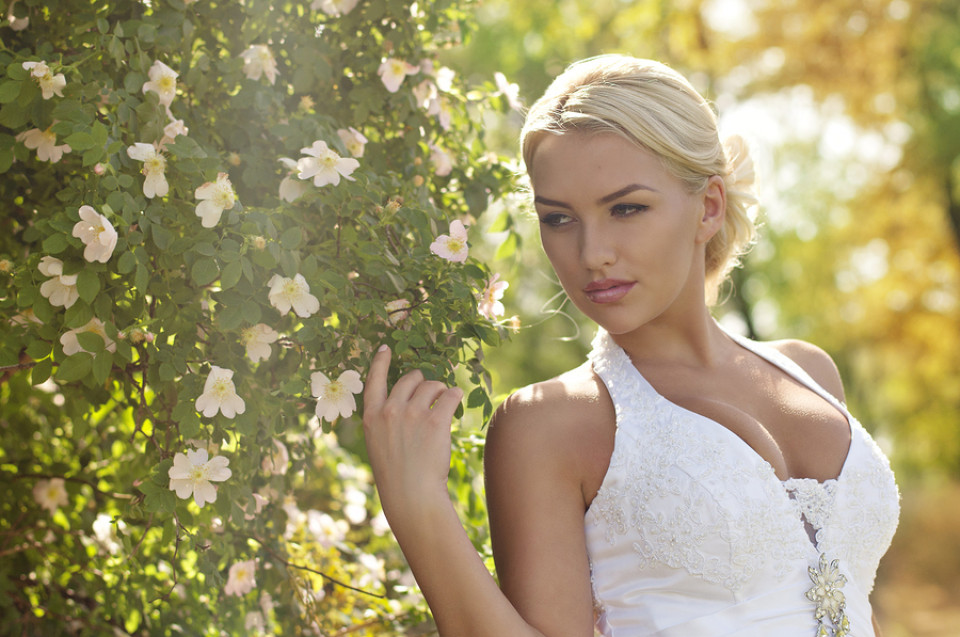 Brautkleid Neckholder | Neckholder als Hochzeitskleid